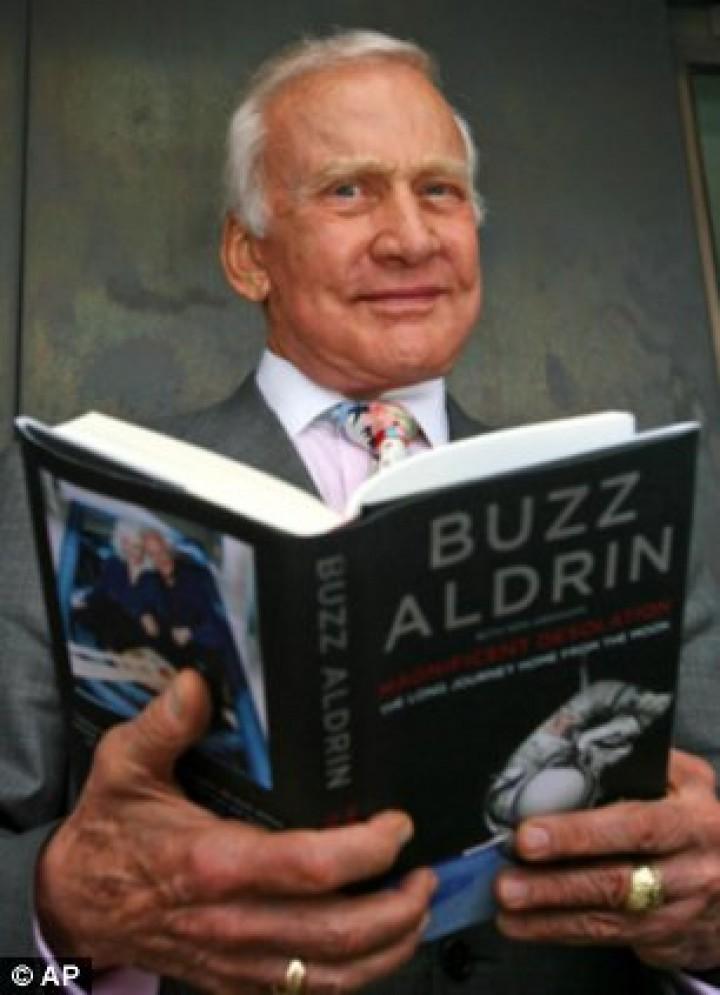 buzz aldrin information
